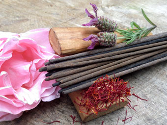 Selection - Absolute Sandalwood Incense (50g)